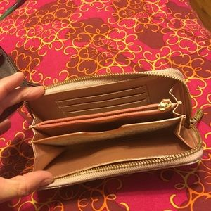 Bags - Wallets
